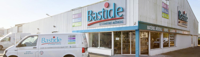 Bastide le confort Médical enseigne magasin extérieur livraison